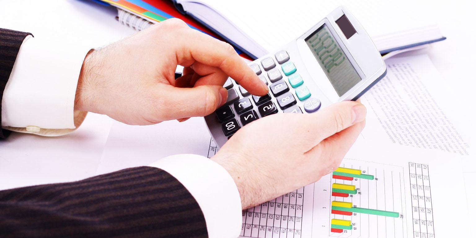 Со скольки лет дают потребительский кредит?